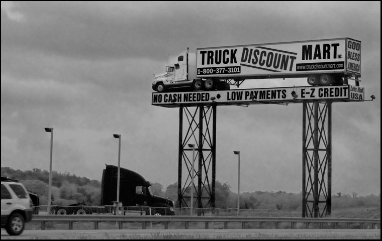 www.truckdiscountmart.com sign, I-81, Pennsylvania