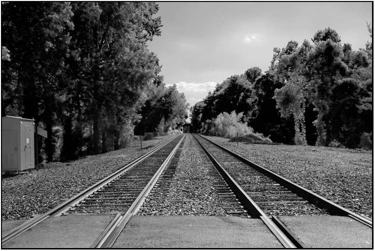 railroad tracks at Shamrock Xing
