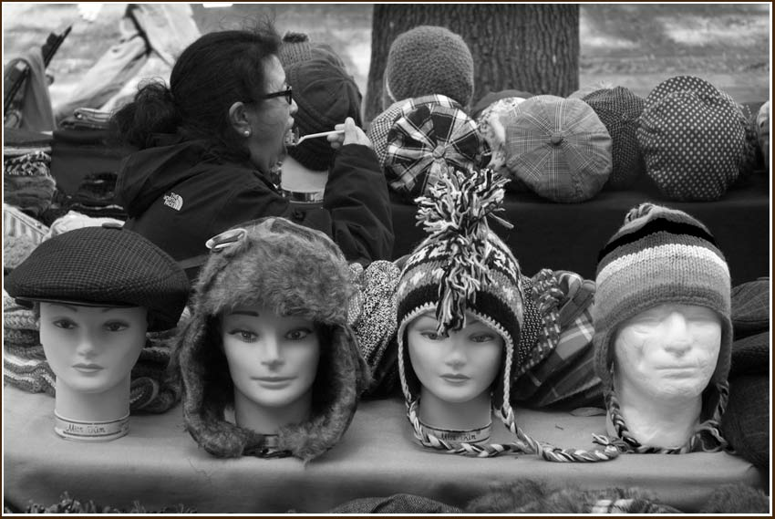 mannequins model hats