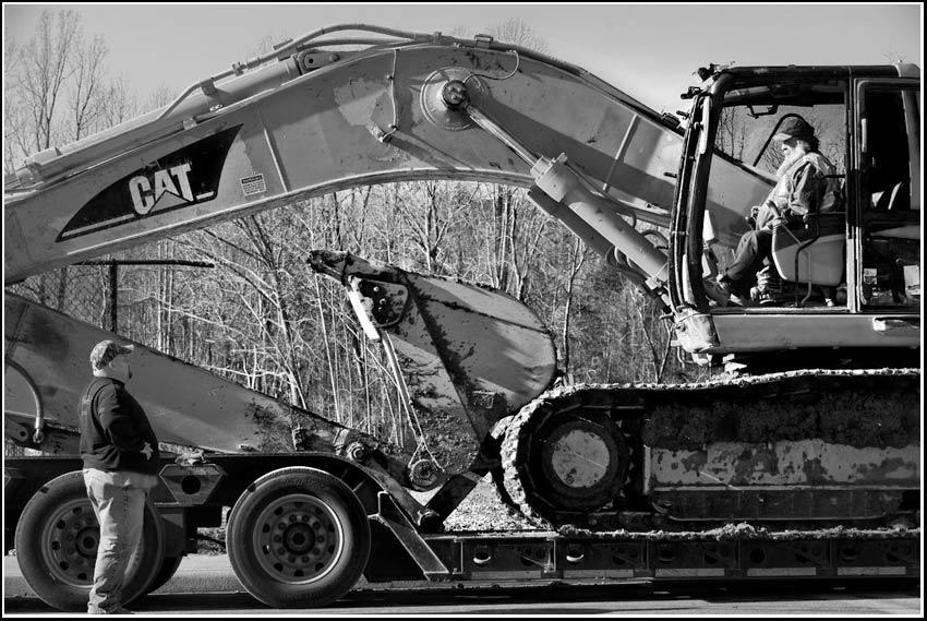 Caterpillar 330C hydraulic excavator