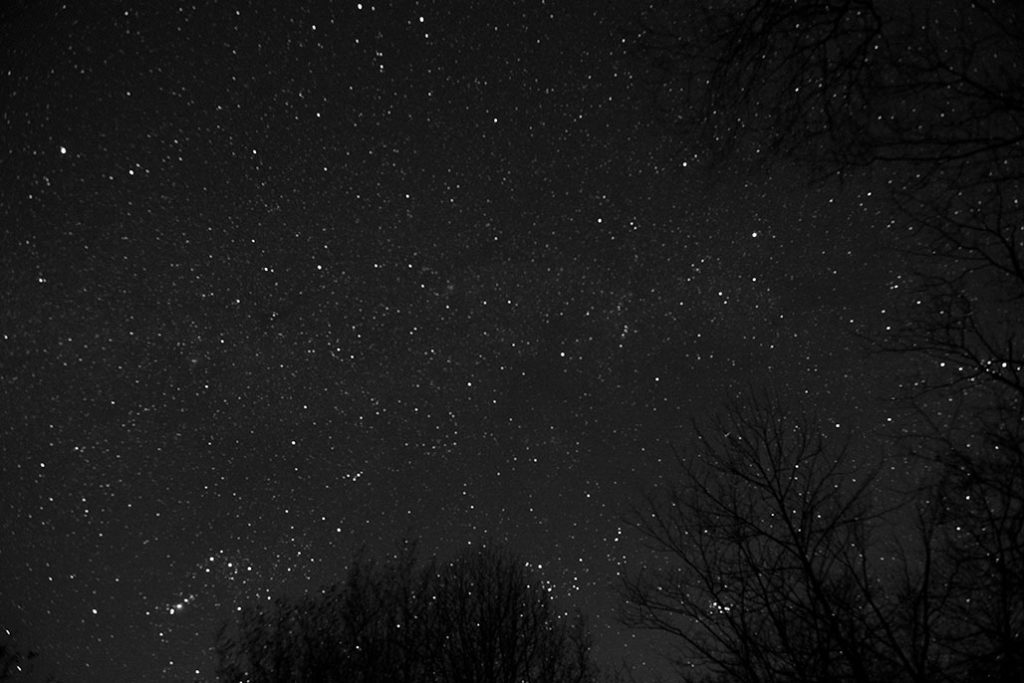 stars during the dark of the moon