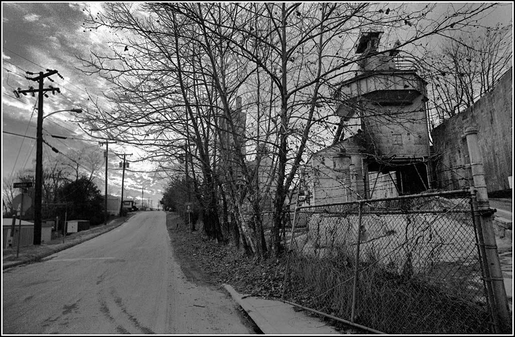 west view Carlton Avenue 2003