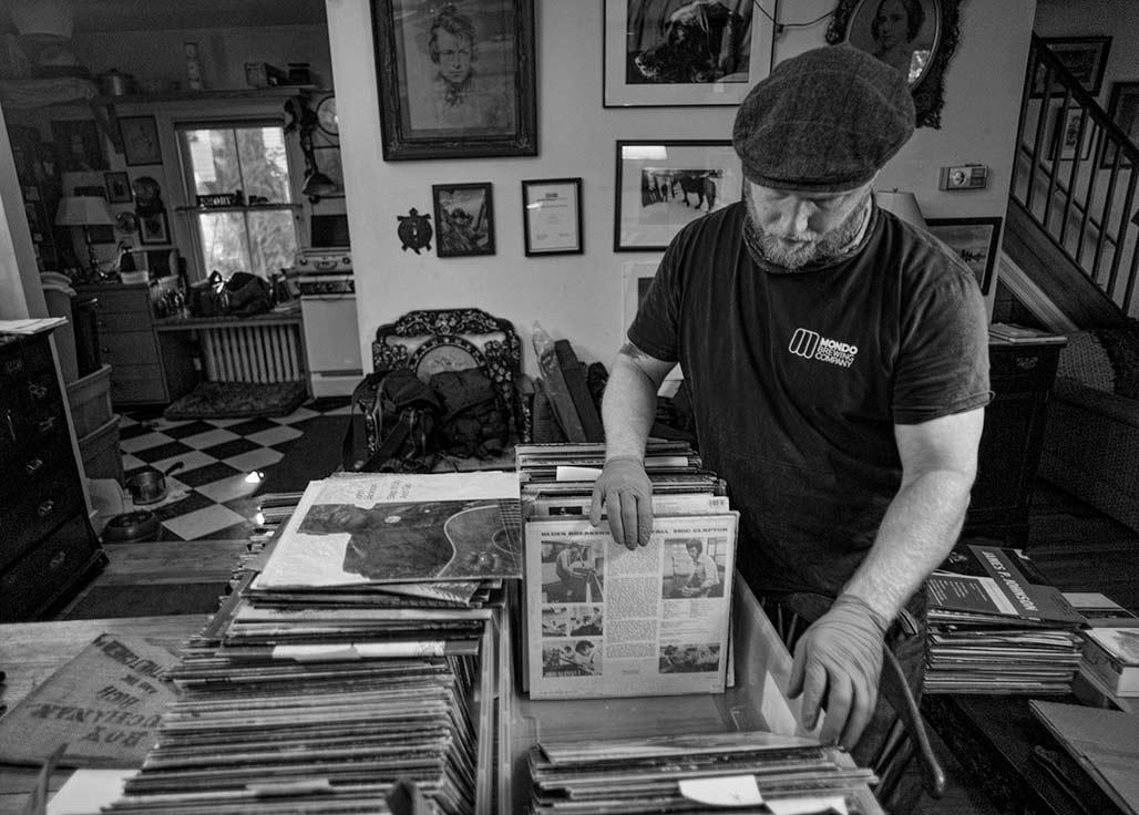 vinyl buyer